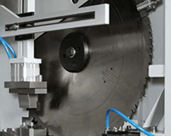 Przecinarka tarczowa do aluminium - Automatyczne poszerzanie kanału cięcia